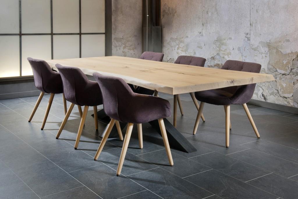 Salle a manger industriel pied metal plateau bois ch ne massif for Meuble salle a manger 2016