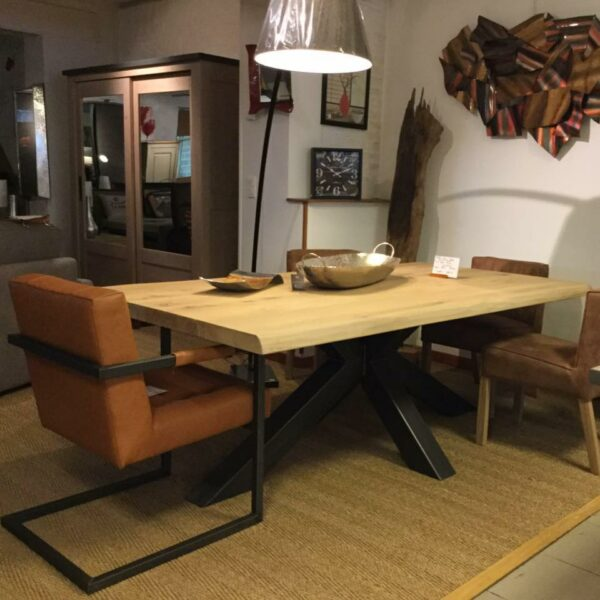 salle-a-manger-plateau-chene-massif-table-trunk-pied-metal-meubles-gibaud-le Cateau-Nord-lille-Cambrai-Douai-Valenciennes-