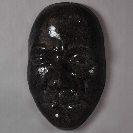 visage-masque-mural-mosaique-noire-argent-bois&deco-decoration-nord
