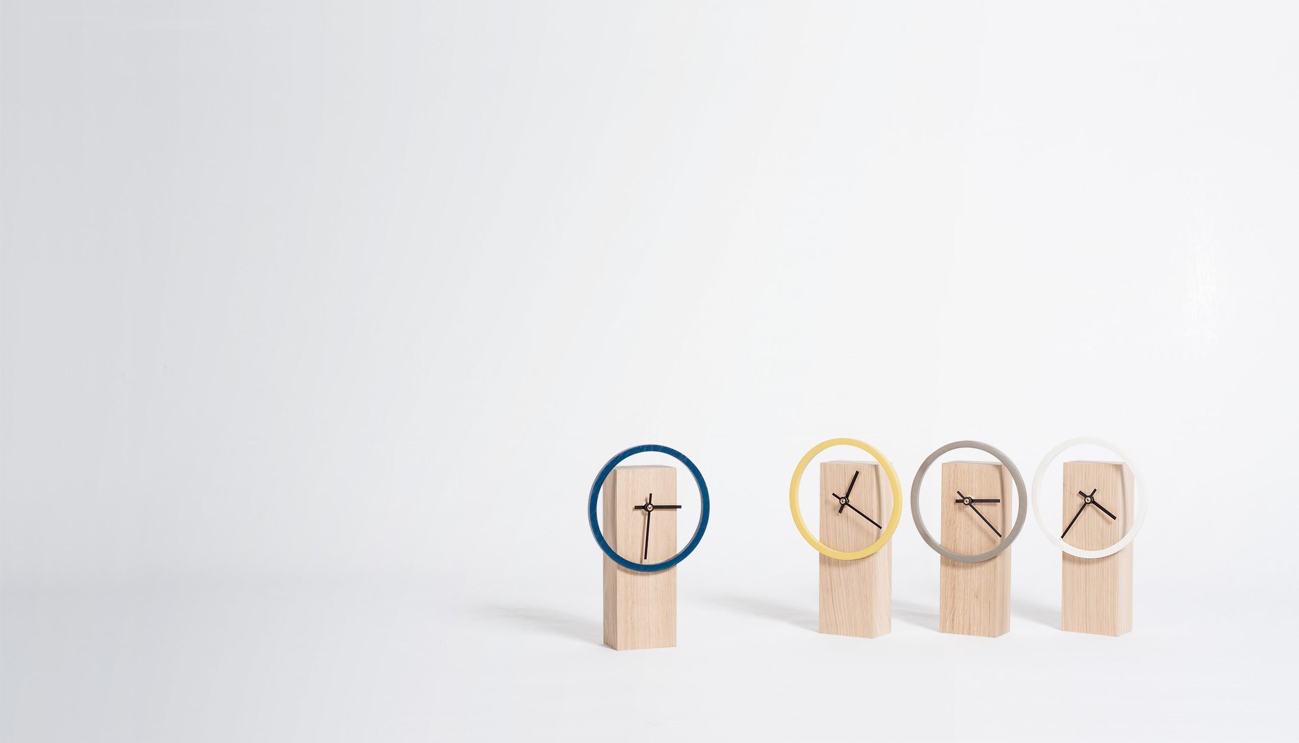 horloge chene massif cadran couleur design drugeot manufacture cyclock. Black Bedroom Furniture Sets. Home Design Ideas