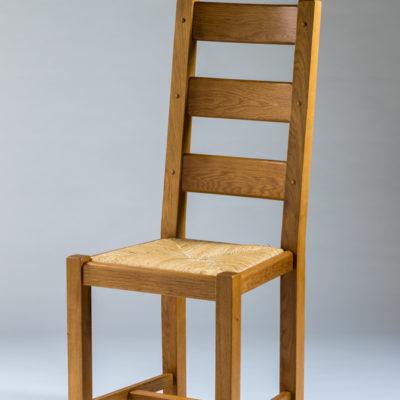 Chaise rustique en chêne massif, assise paille ou bois – Lelièvre – 7100